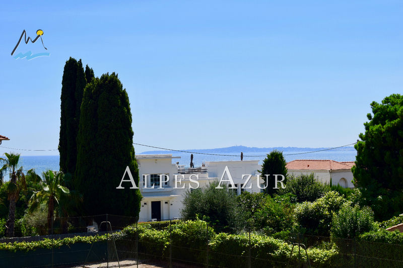 Photo Appartement Saint-Laurent-du-Var Tzanck,   achat appartement  2 pièces   58 m²