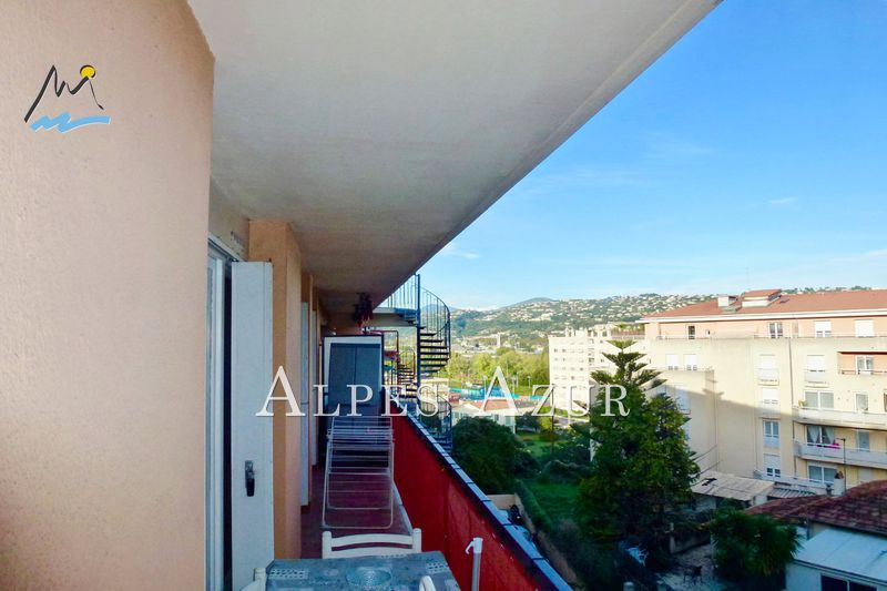 Photo n°1 - Vente appartement Saint-Laurent-du-Var 06700 - 178 300 €