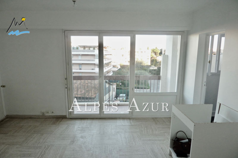 Photo Apartment Cagnes-sur-Mer Centre ville,   to buy apartment  1 room   25 m²