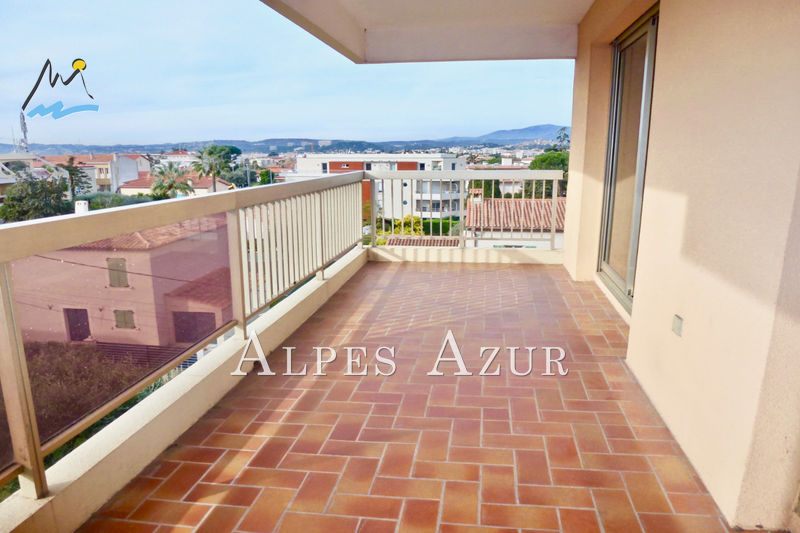 Photo Apartment Saint-Laurent-du-Var Tzanck résidentiel,   to buy apartment  2 rooms   37 m²