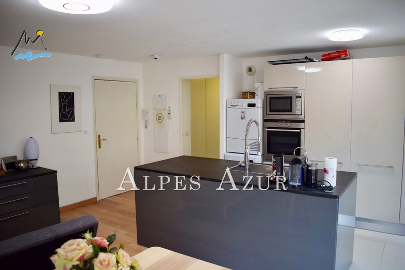 Photo n°2 - Vente appartement Saint-Laurent-du-Var 06700 - 282 000 €