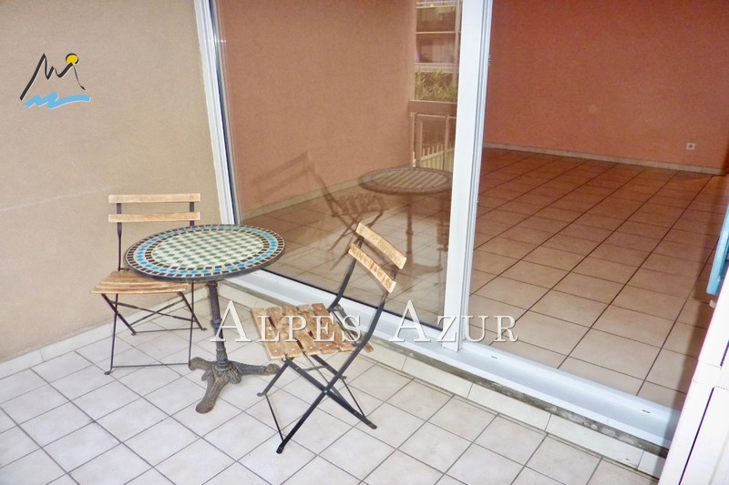 Photo Appartement Saint-Laurent-du-Var Centre ville,   achat appartement  2 pièces   46 m²