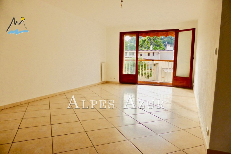 Photo Apartment Saint-Laurent-du-Var Centre ville,   to buy apartment  4 rooms   73 m²