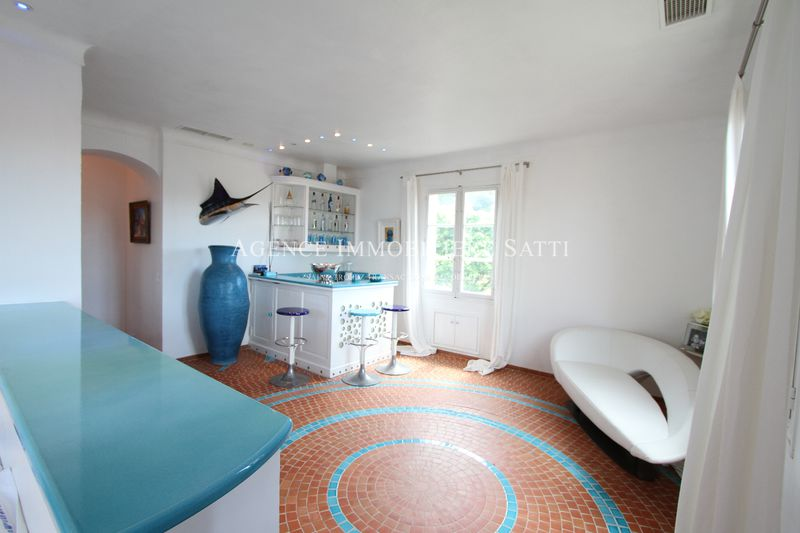 Photo Appartement Saint-Tropez Village,   achat appartement  4 pièces   122 m²