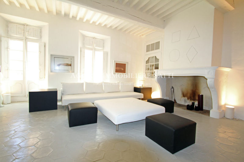 Photo Appartement Saint-Tropez Centre-ville,   achat appartement  3 pièces   84 m²