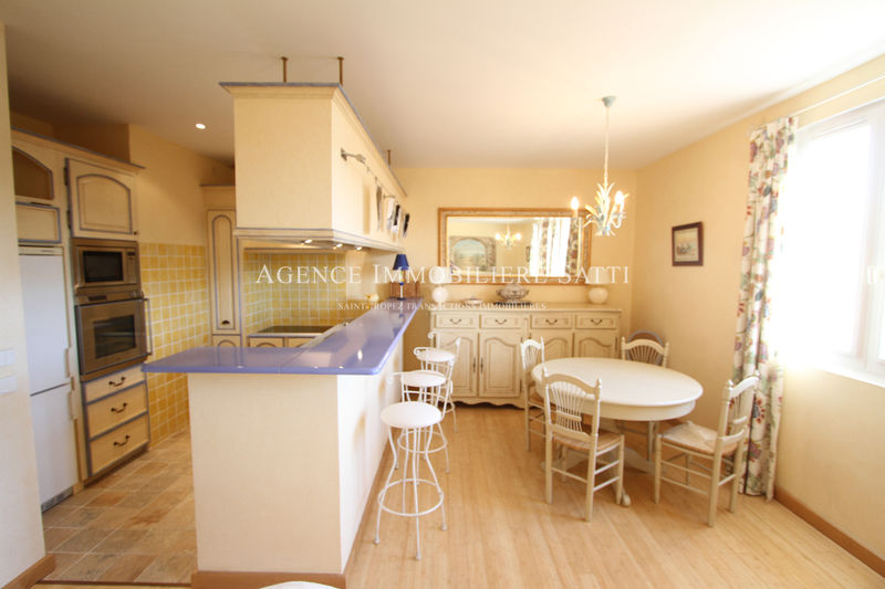 Photo Appartement Saint-Tropez Village,   achat appartement  3 pièces   58 m²