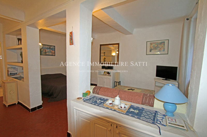 Photo Appartement Saint-Tropez   achat appartement  1 pièce   39 m²