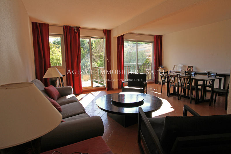 Photo Appartement Saint-Tropez   achat appartement  4 pièces   108 m²
