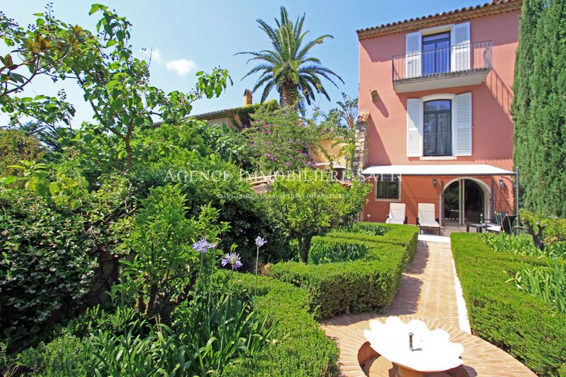 Photo Villa Saint-Tropez   to buy villa  5 bedrooms   380 m²