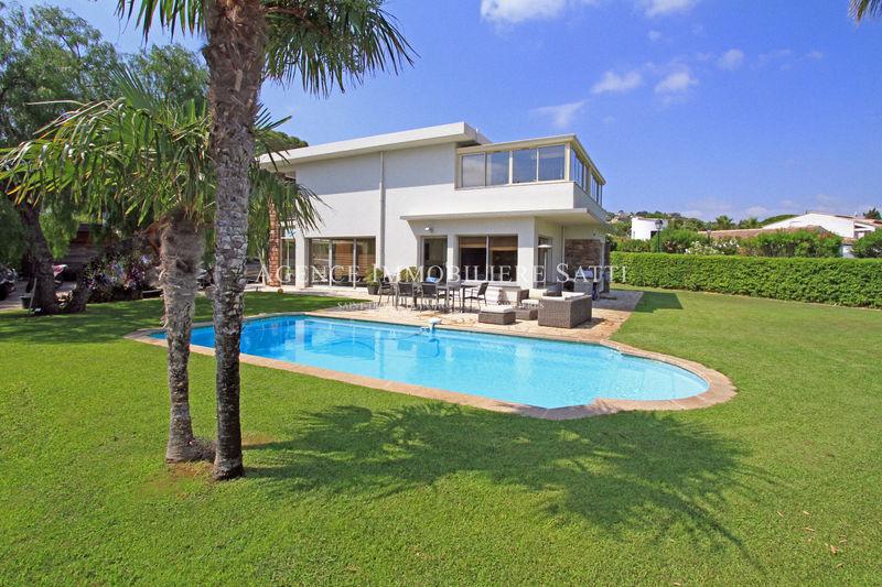 Photo Villa Gassin   to buy villa  4 bedrooms   180m²