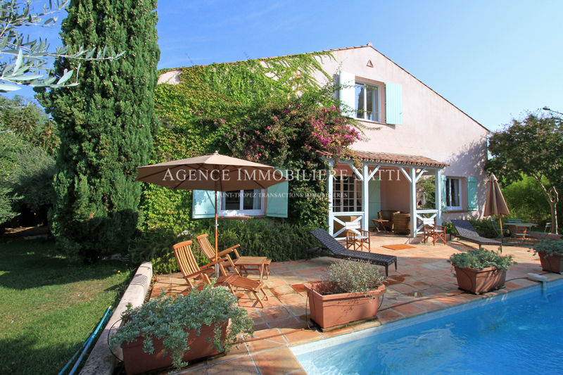 Photo Villa Saint-Tropez Village,   achat villa  5 chambres