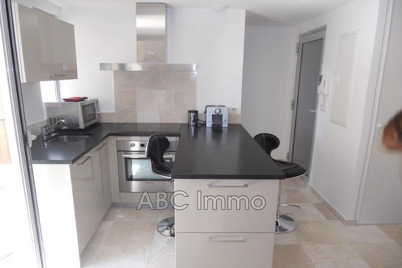 Photo Appartement Aix-en-Provence Aix nord,  Location appartement  1 pièce   21m²