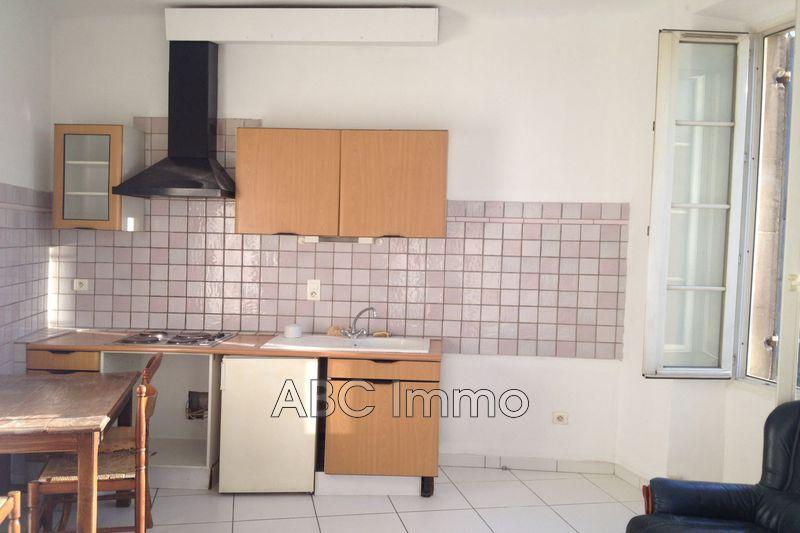 Photo Appartement Aix-en-Provence  Location appartement  2 pièces   25m²