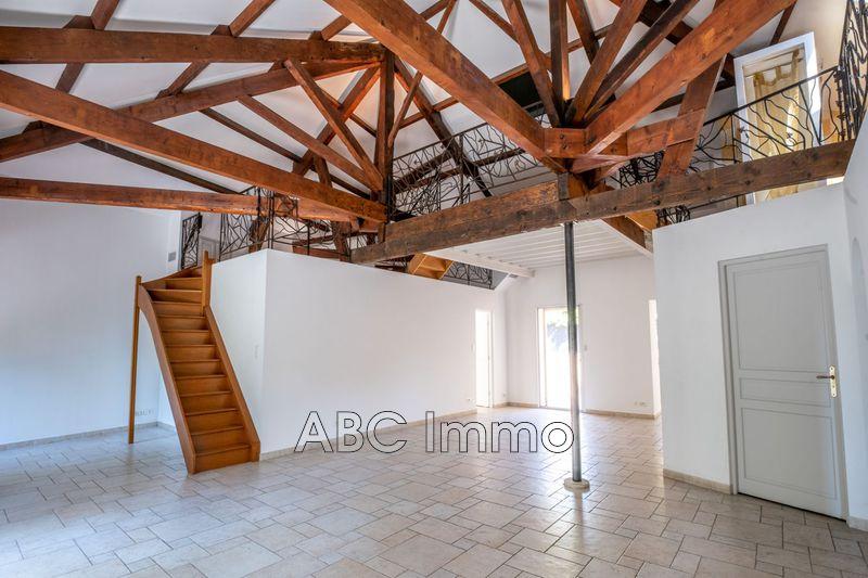 Photo Appartement Aix-en-Provence Centre-ville,  Location appartement  4 pièces   185m²