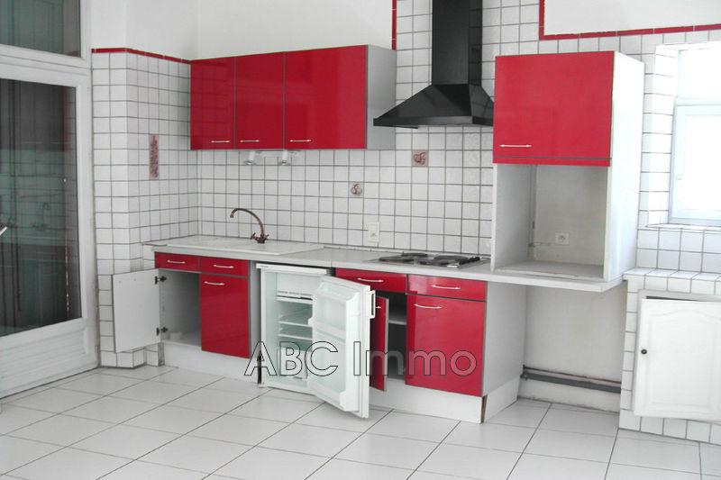 Photo Appartement Aix-en-Provence Centre-ville,  Location appartement  2 pièces   38m²