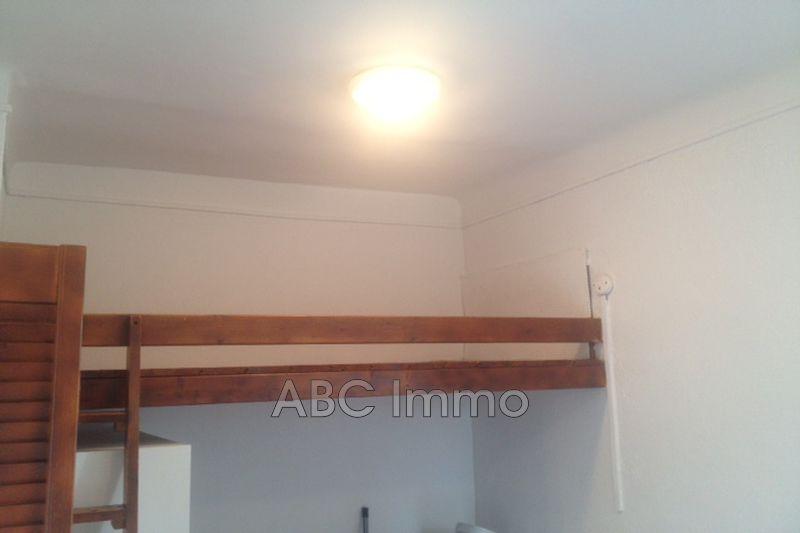 Photo n°2 - Location appartement Aix-en-Provence 13100 - 399 €