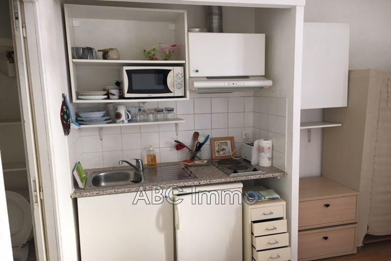 Photo n°2 - Location appartement Aix-en-Provence 13100 - 460 €