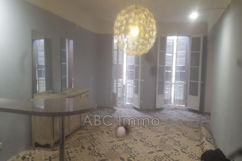 Photo Appartement Aix-en-Provence Centre-ville,  Location appartement  1 pièce   40m²