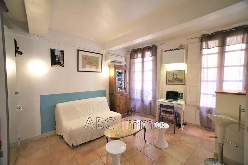 Photo Appartement Aix-en-Provence Centre-ville,  Location saisonnière appartement  1 pièce   21m²