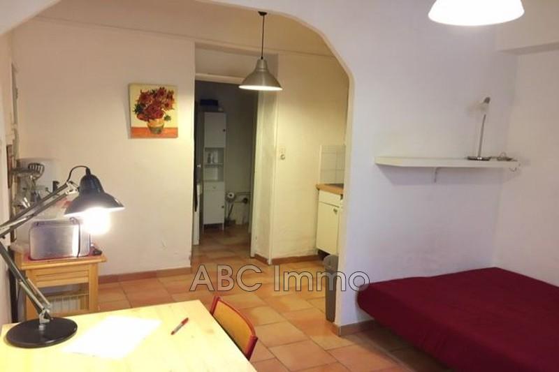 Photo Appartement Aix-en-Provence  Location appartement  1 pièce   24m²
