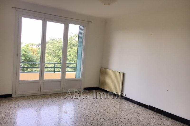Photo Apartment Aix-en-Provence Centre-ville,  Hire apartment  2 room   49m²