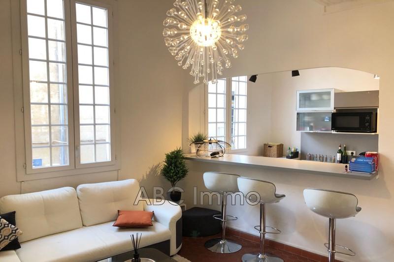 Photo Appartement Aix-en-Provence Centre-ville,  Location appartement  2 pièces   36m²