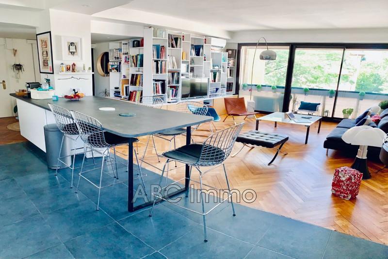 Photo Appartement Aix-en-Provence Centre-ville,   achat appartement  3 pièces   80m²