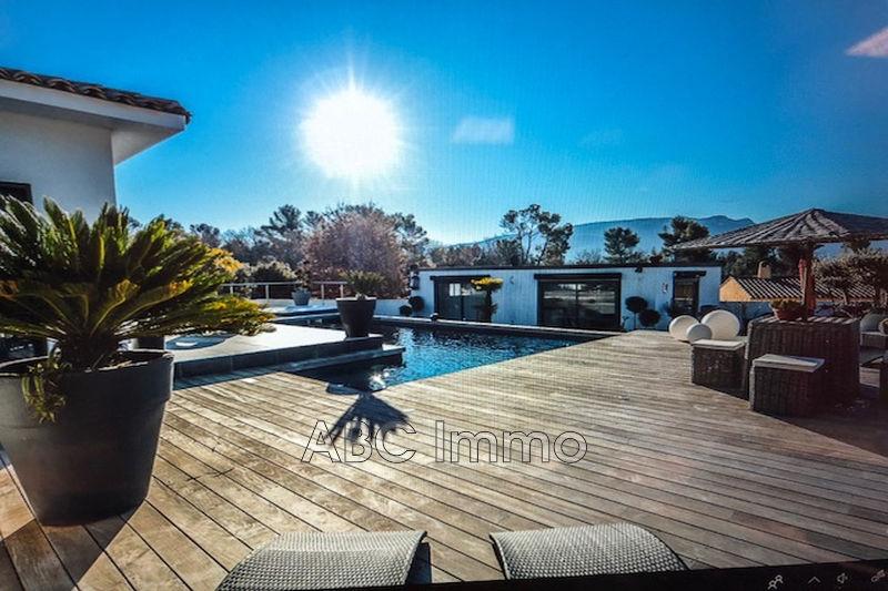 Photo Villa Pourrières   achat villa  4 chambres   160m²