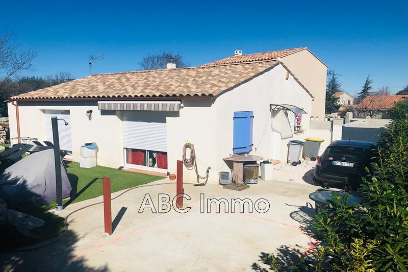 Photo Maison Saint-Maximin-la-Sainte-Baume Village,   achat maison  3 chambres   85m²