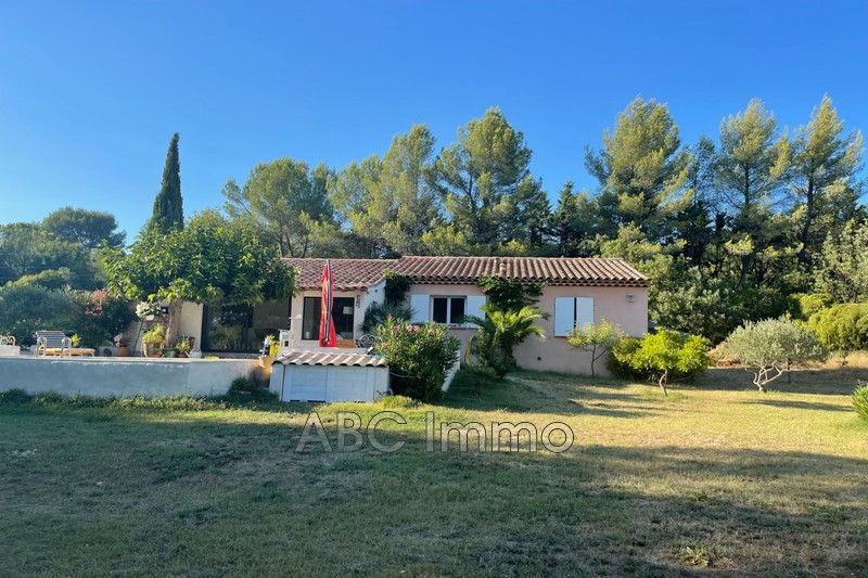 Photo Villa provençale Saint-Maximin-la-Sainte-Baume Campagne,   achat villa provençale  4 chambres   145m²