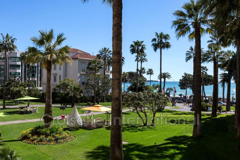 Photo Appartement Cannes Croisette grand hôtel,  Location saisonnière appartement  3 pièces   80m²