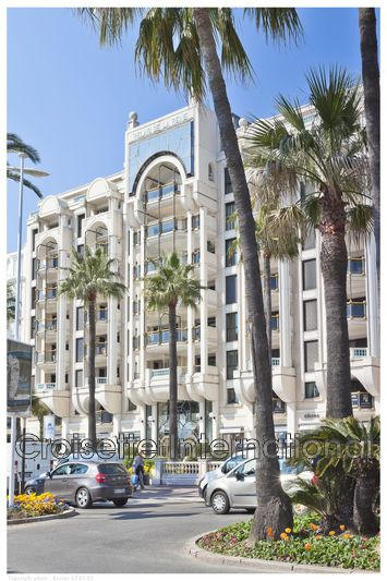 Apartment Cannes Croisette,  Rentals apartment  5 rooms   223 m²