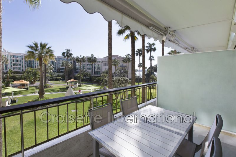 Photo Appartement Cannes Croisette grand hôtel,  Location saisonnière appartement  3 rooms   70 m²