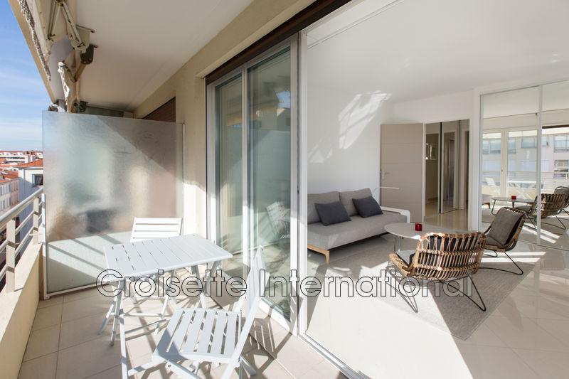 Appartement Cannes Croisette grand hôtel,  Location saisonnière appartement  2 pièces   52m²