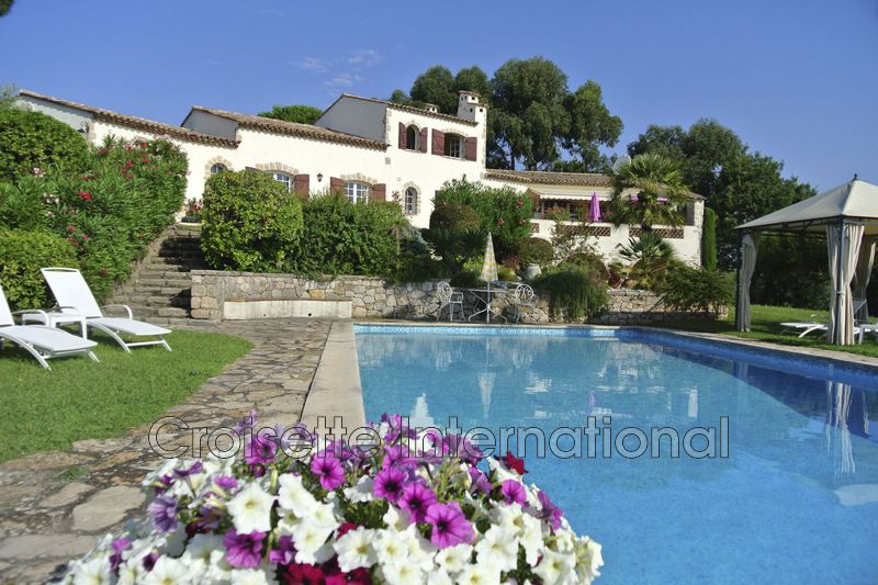 Villa Vallauris  Location villa  7 chambres   380m²