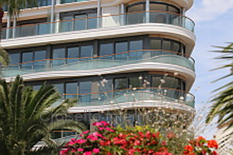 Photo Apartment Cannes Croisette,   to buy apartment  3 rooms   71 m²
