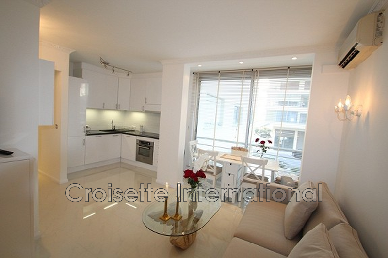 Photo Apartment Cannes Croisette,   to buy apartment  2 rooms   37 m²