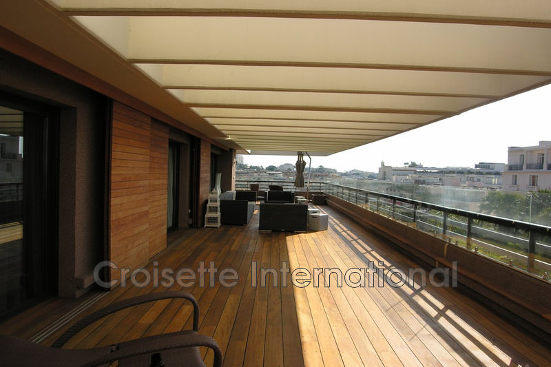 Photo n°1 - Vente appartement Cannes 06400 - 15 950 000 €