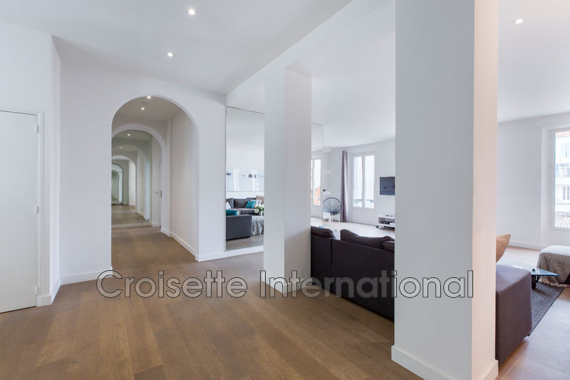 Photo Apartment Cannes Downtown,   to buy apartment  4 rooms   150 m²
