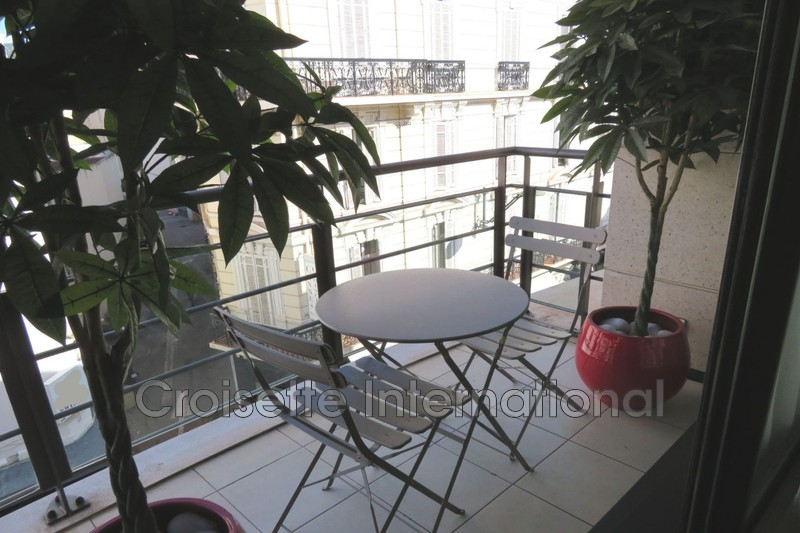 Photo Appartement Cannes Carre d'or,   achat appartement  2 pièces   56 m²