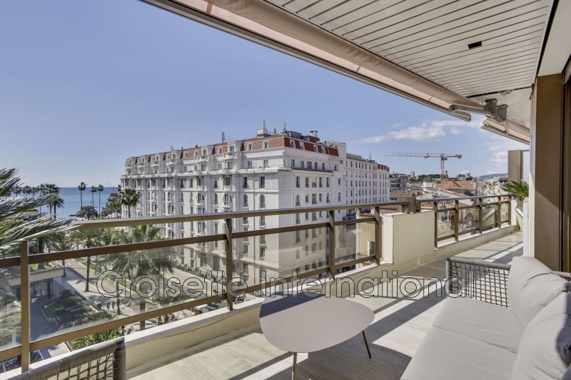 Photo Apartment Cannes Croisette,   to buy apartment  5 rooms   138 m²