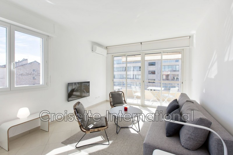 Photo Apartment Cannes Croisette,   to buy apartment  2 rooms   52 m²