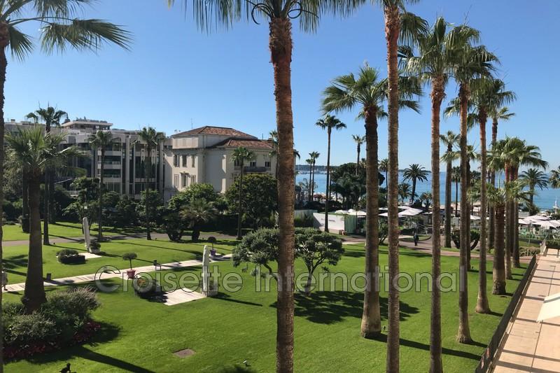 Photo Apartment Cannes Croisette,   to buy apartment  4 rooms   100m²