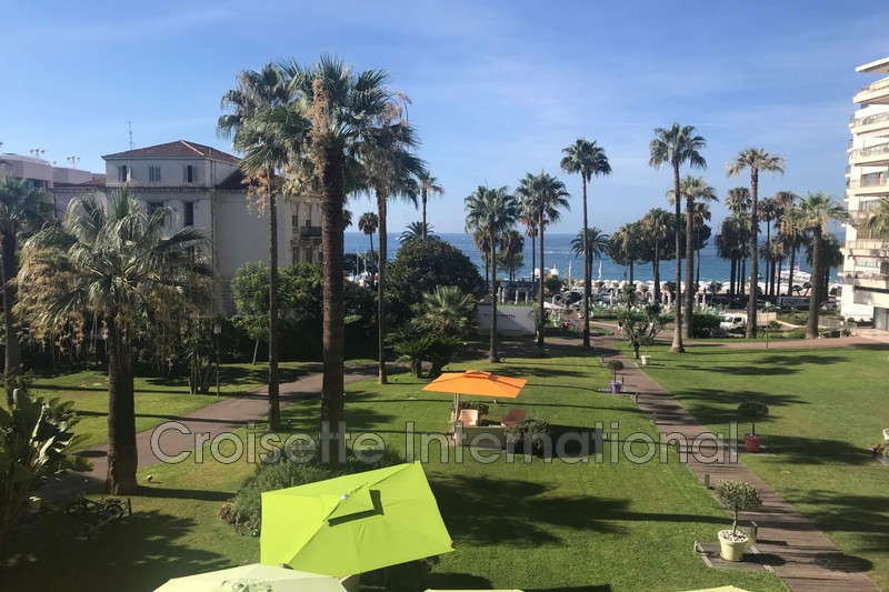 Photo Apartment Cannes Croisette,   to buy apartment  4 rooms   136 m²