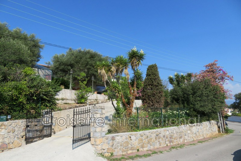 Villa Antibes   to buy villa  3 bedroom   220 m²