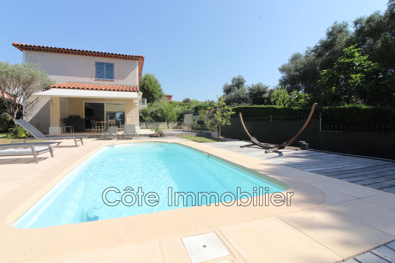 maison  4 rooms  Antibes Heights  120 m² -