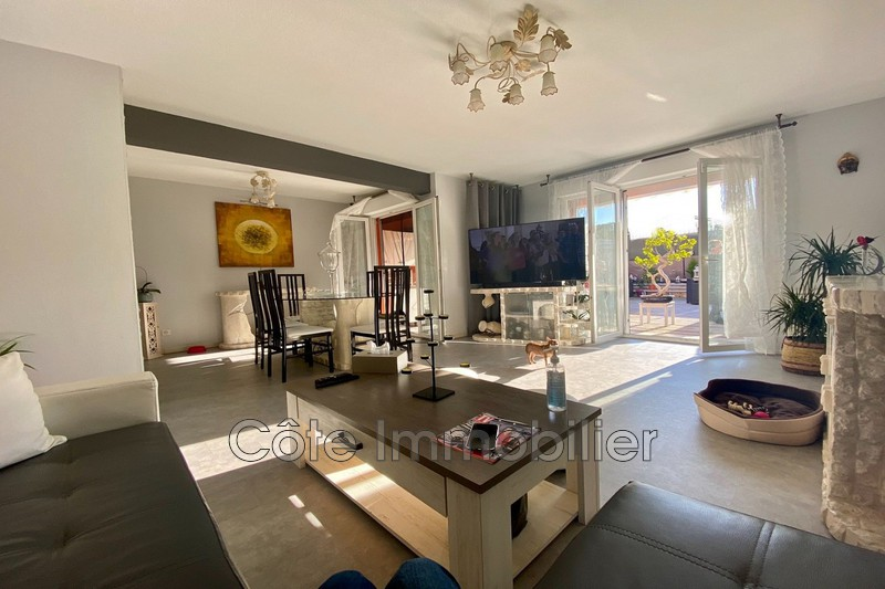 maison  3 rooms  Antibes Heights  75m² -