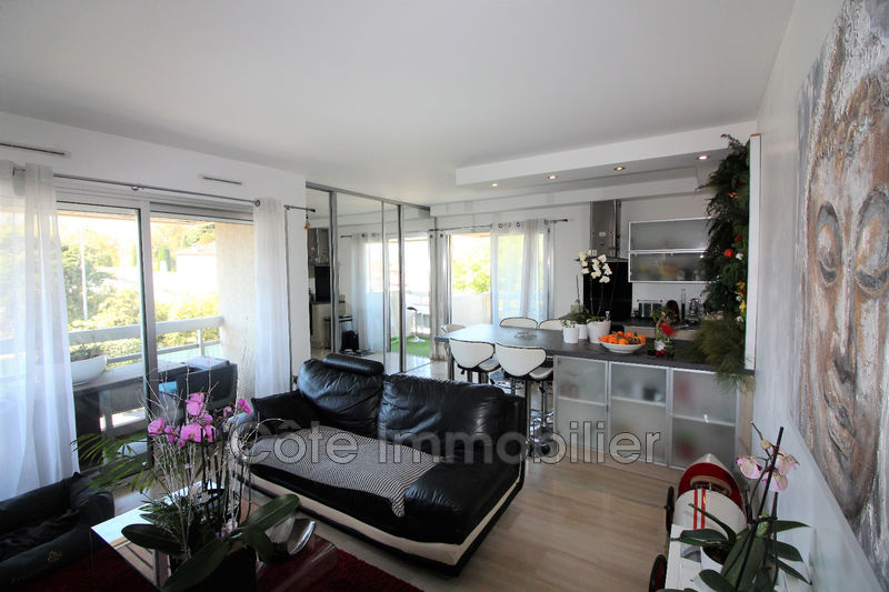 appartement  4 rooms  Antibes Is antibes  71 m² -