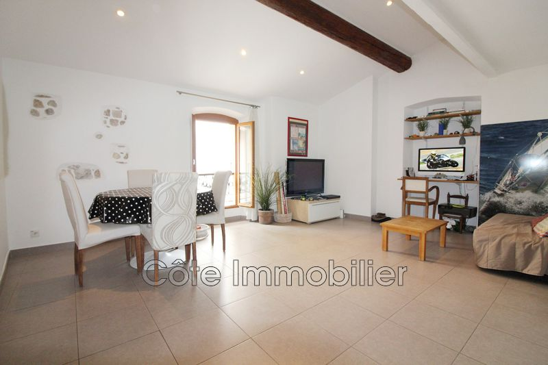 appartement  3 rooms  Antibes Proche plage, vieil antibes  64 m² -