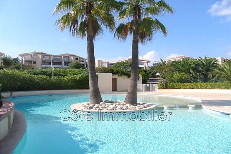appartement  3 rooms  Antibes Near the center  60m² -